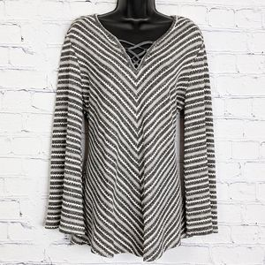 Cato Grey White Metallic Bell Sleeve Sweater Top L